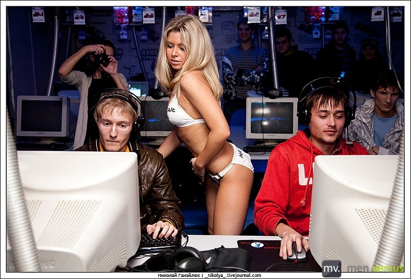 Strippers and Counter-Strike
